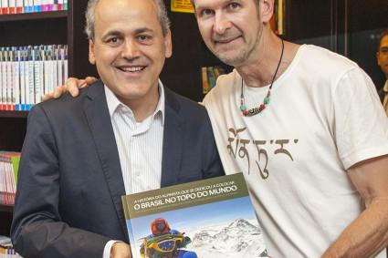 Waldemar Niclevicz com o Prefeito de Curitiba Gustavo Fruet.