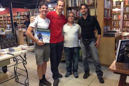 Niclevicz com amigos do Centro Excursionista Mineiro em Belo Horizonte.